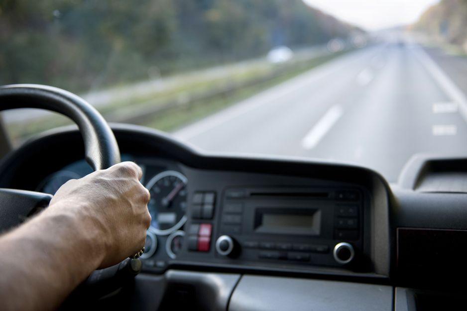Cómo ahorrar tiempo en el transporte de tu empresa