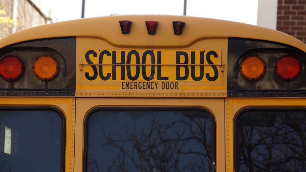 Herramientas para ahorrar en el transporte escolar